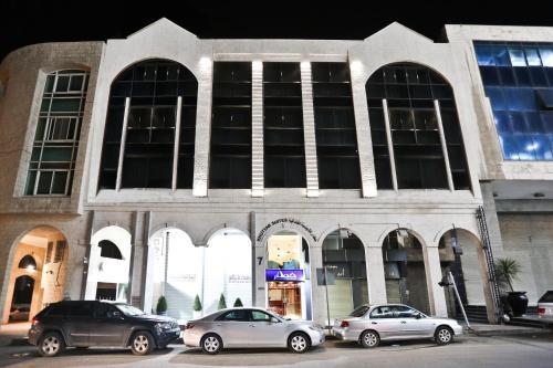 . Khuttar Apartment