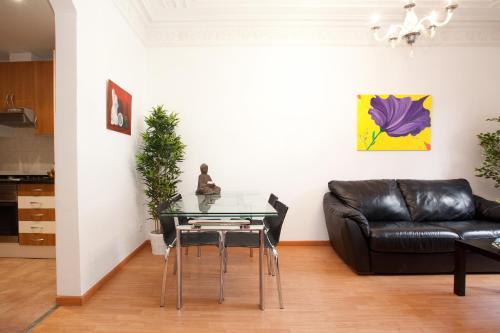 Apartment Aragó photo 2