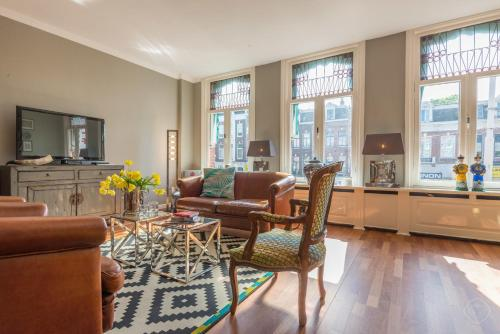 . Charming Family Apartment