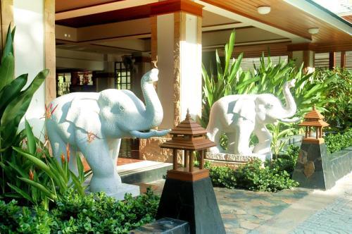 Royal Ivory Sukhumvit Nana by Compass Hospitality photo 24