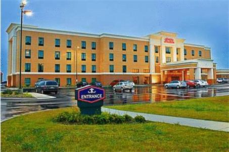 Hampton Inn & Suites Marshalltown - Marshalltown, IA 50158