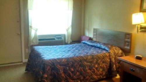 Ken Bar Lodge - Gilbertsville, KY 42044