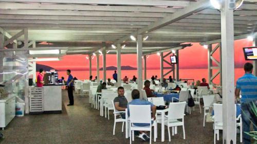 Фото отеля Paradise Beach Hotel