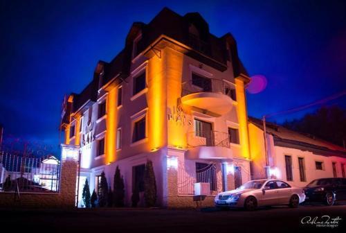 . Hotel Rais