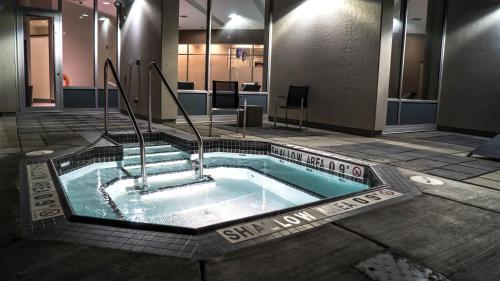Grey Eagle Resort