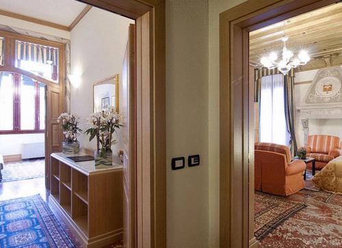 Foscari Palace Семейный номер (для 2 взрослых и 2 детей)