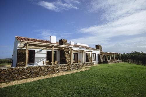 Casas Buganvilia, 7520-405 Porto Covo