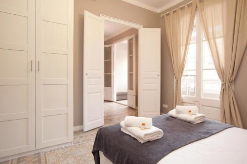 Enjoy Apartments Borrell photo 35