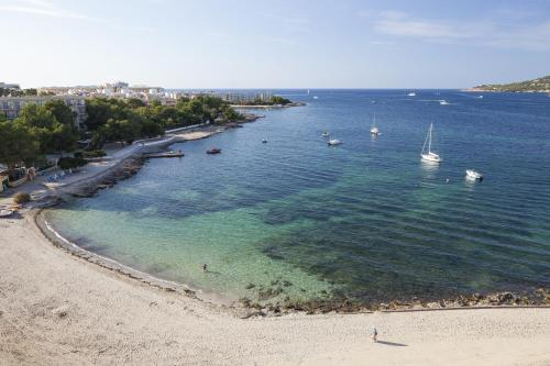 AxelBeach Ibiza Suites Apartments Spa and Beach Club - Adults Only salas fotos