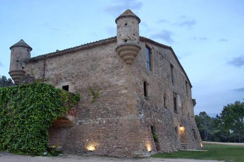 Barri de Puig Roig, 31, 17256 Pals, Girona, Spain.