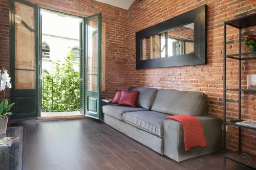 . Eixample Sagrada Familia Apartments II