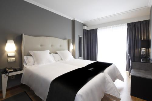 Double or Twin Room Capitol Boutique Hotel 37