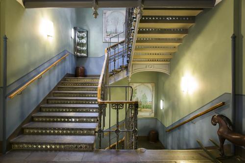 Collector's Lady Hamilton Hotel photo 7