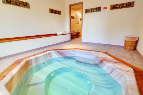 Ski Inn By Wyndham Vacation Rentals - Steamboat Springs, CO 80487