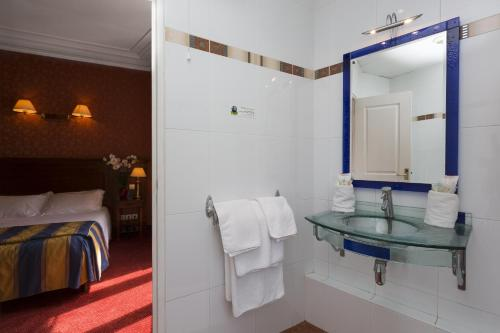 Hotel Viator - Gare de Lyon photo 19
