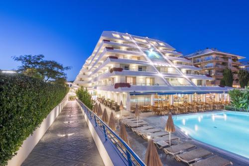 . Hotel Montemar Maritim