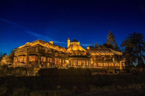 Hotels Vacation Als Near Campbell River Water Aerodrome Canada Trip101