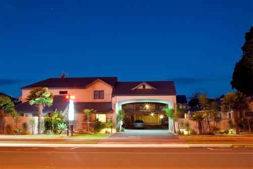 Aquarius Motor Inn - Accommodation - Mount Maunganui
