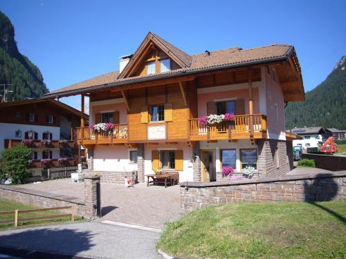 Villa Lory Canazei