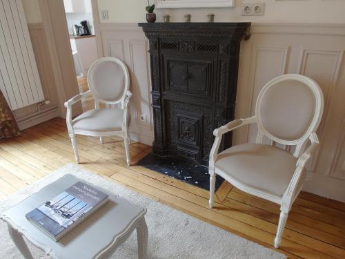 Chambre d hôte : Louvre Elegant Apt Suite photo 19