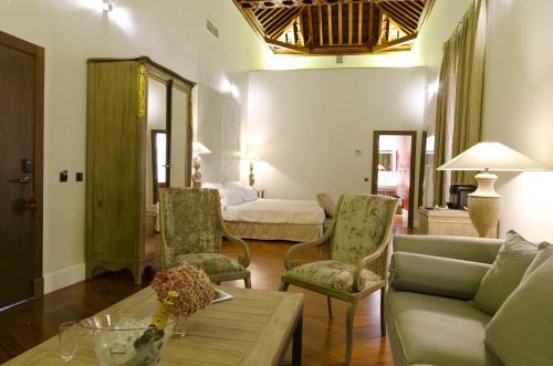 Junior Suite Palacio Pinello 10