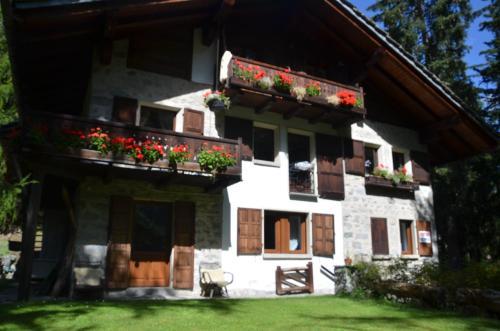 Chalet Svizzero Val Ferret Courmayeur