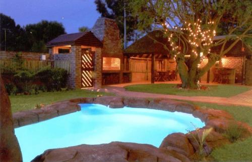 Hotel Treetops Guesthouse