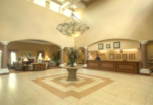 Hawthorn Suites By Wyndham Orlando Lake Buena Vista - Orlando, FL 32836