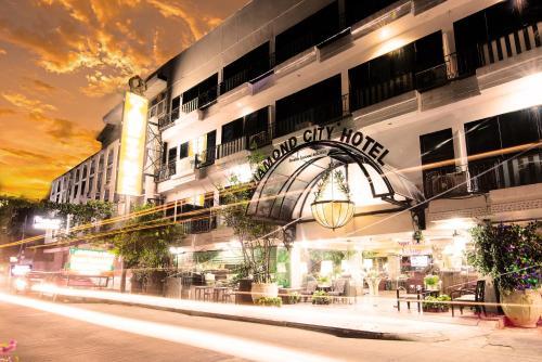 Diamond City Hotel impression