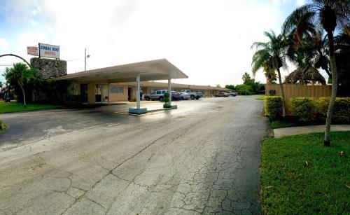 Coral Roc Motel - Florida City, FL 33034