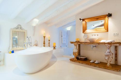 Suite Hotel Can Casi Adults Only 17