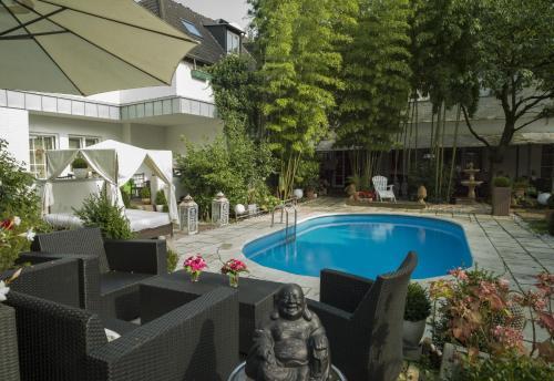 Hotel Ashley's Garden photo 11
