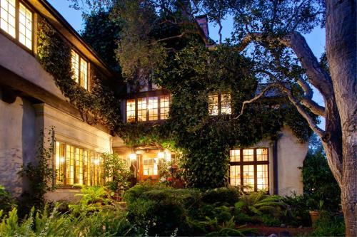 Old Monterey Inn - Accommodation - Monterey