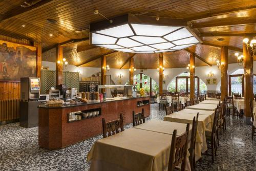 Mesón Castilla Atiram Hotels photo 5
