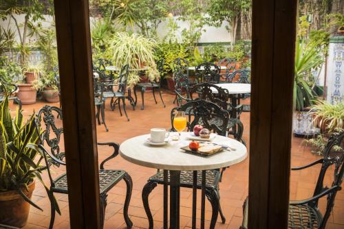 Mesón Castilla Atiram Hotels photo 9