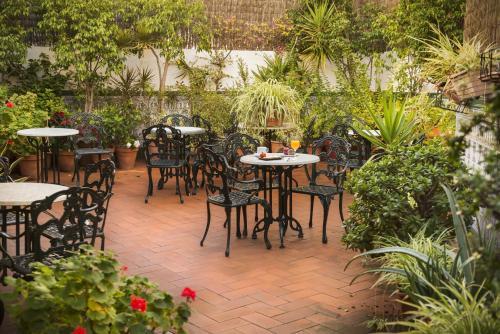 Mesón Castilla Atiram Hotels photo 10