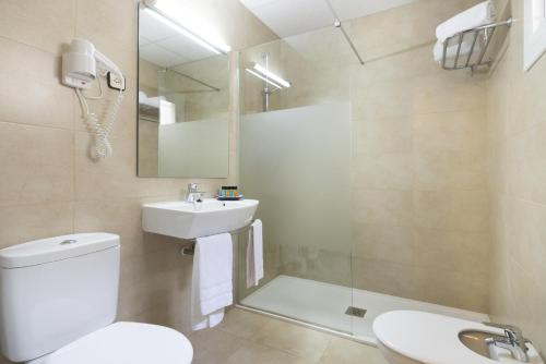 Mesón Castilla Atiram Hotels photo 11