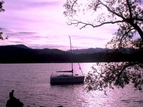 Lindeth Drive, Longtail Hill, Bowness-on-Windermere, Cumbria, England, LA23 3JF.