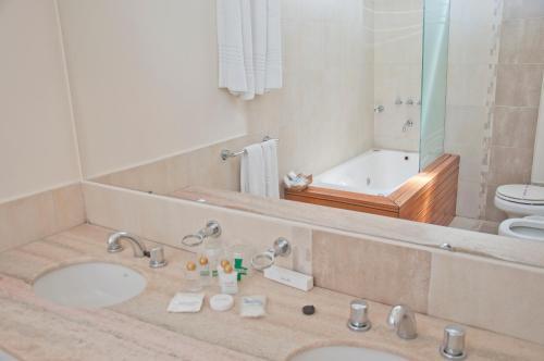 Фото отеля Hotel Covadonga