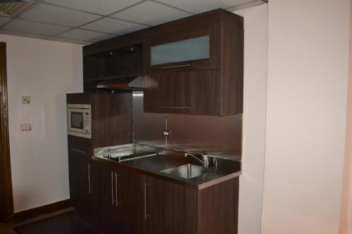 Om Kolthoom Hotel - image 4