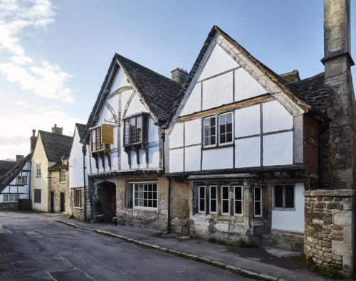 6 Church Street, Lacock, Wiltshire, SN15 2LB, England.