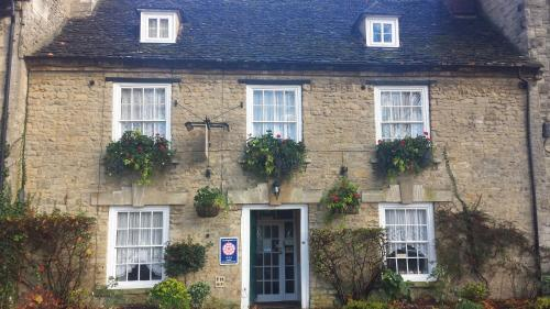 The Witney Guest House (B&B)