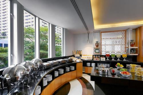 Marriott Executive Apartments Mayfair Bangkok photo 18