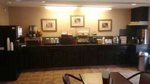 Guesthouse Inn Fort Smith - Fort Smith, AR 72908