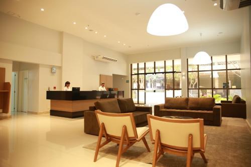 Фото отеля Stay Inn Hotel