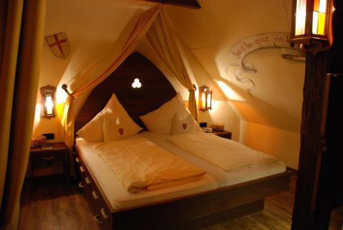 Mittelalterhotel-Gästehaus Rauchfang photo 29