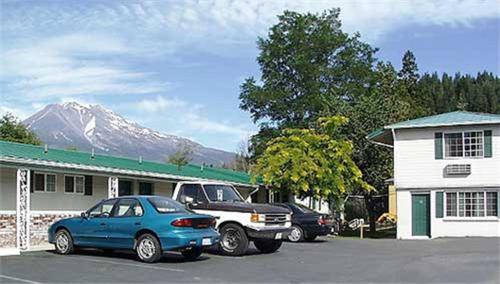 Hi-Lo Motel Cafe and RV Park