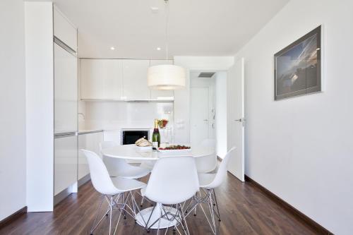 AB Bailen Apartments photo 6
