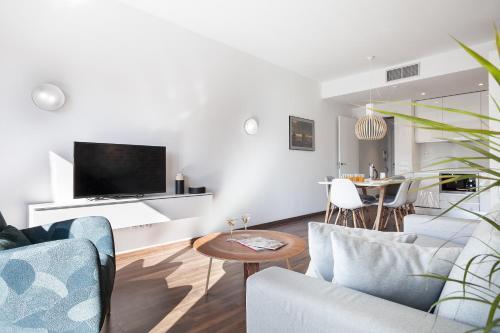 AB Bailen Apartments photo 11