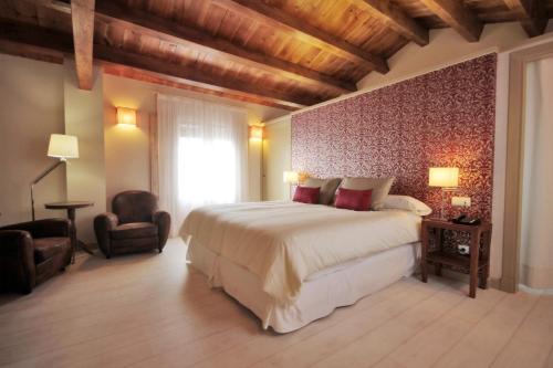 Habitación Doble Superior con vistas al jardín - 1 o 2 camas  Hotel El Convent 1613 22